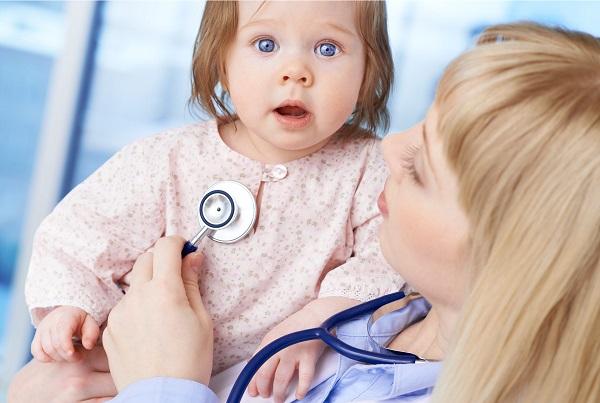 Больничный по уходу за ребенком – это документ, подтверждающий, что родители не могут работать, занимаясь лечением своего чада