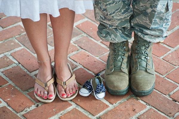 Право на получение материальной поддержки имеют и те женщины, которые забеременели в период прохождения срочной службы их мужем