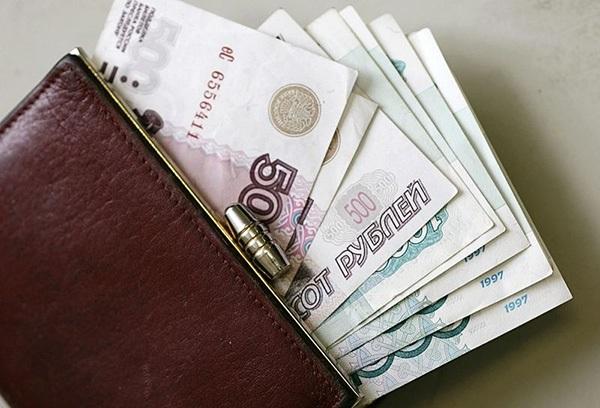 Каждый человек, ведущий трудовую деятельность на территории Крайнего Севера, может рассчитывать на надбавки к зарплате